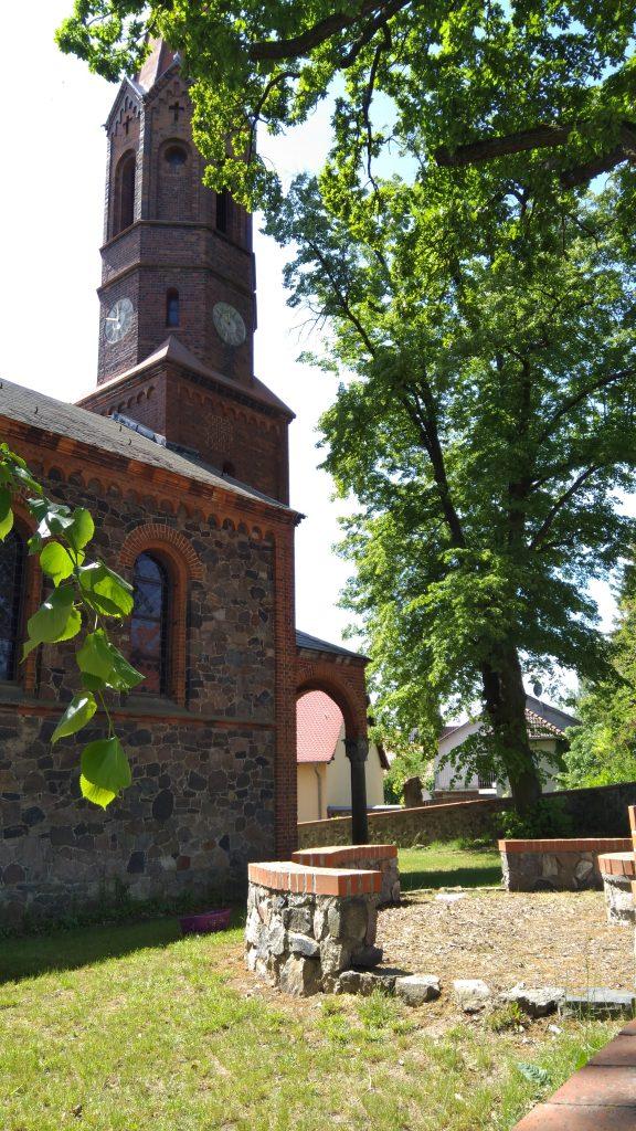 Kirche Bochow